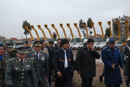 徐工—玻利维亚项目197台产品在玻圆满交付受盛赞
