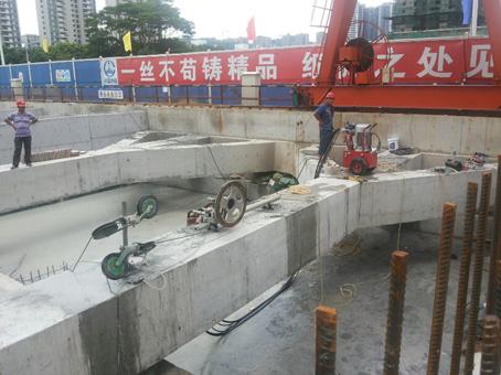 武汉地铁四号线王家湾站地铁基坑支撑梁切割