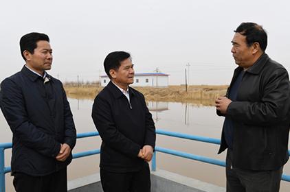 李纪恒在巴彦淖尔市宣讲习近平重要讲话精神 调研生态文明建设工作