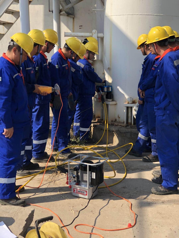 中海油下属某炼油厂选购拜尔液压扳手