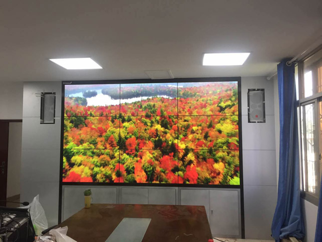 西昌凉山检委46寸超窄边拼接屏项目