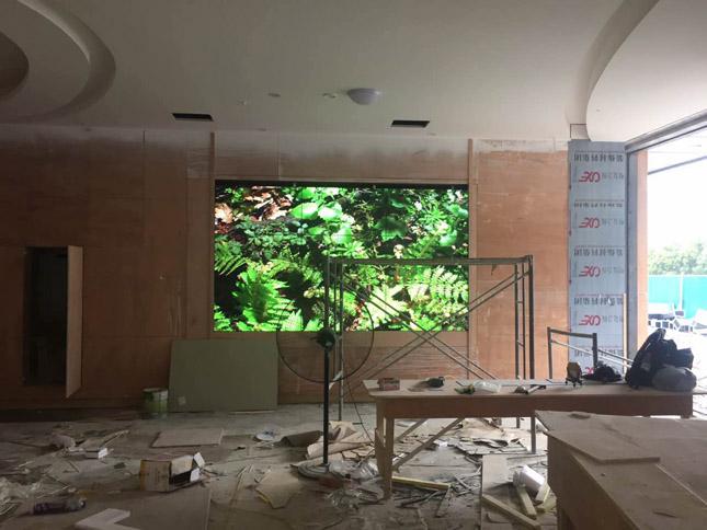石棉体育馆46寸超窄边拼接屏项目