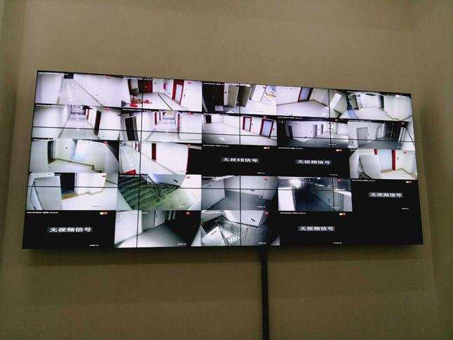 稻城亚丁旅游区46寸超窄边拼接屏项目