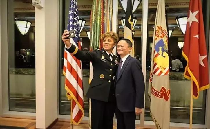 马云美国西点军校最新演讲:领导力是因为相信,所以看见!