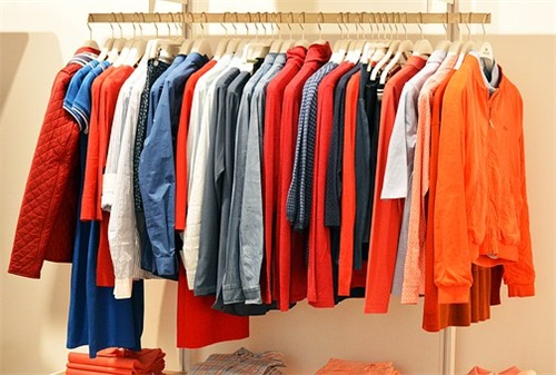 抓住创业的最后一根稻草-旧衣服回收行业