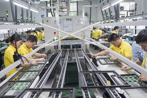 SMT贴片加工中波峰焊操作的相关注意事项