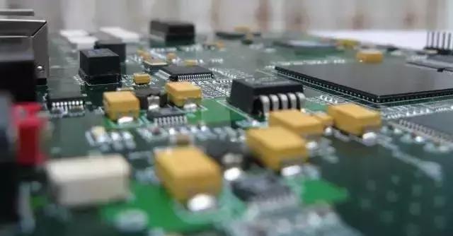 影响SMT设备贴装率的因素和贴片机常见故障分析