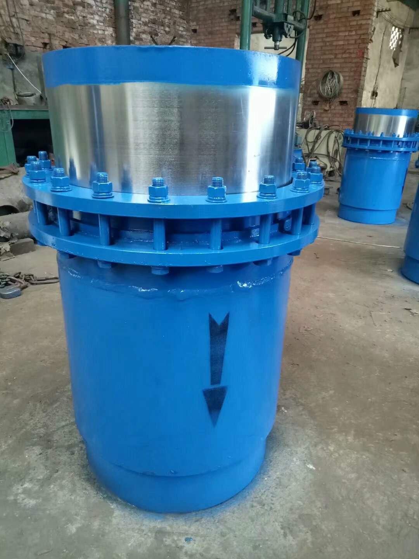 管道中适用于热水、蒸气介质的套筒补偿器主要有哪些作用和优点