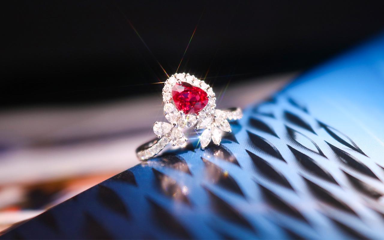 缅甸天然无烧鸽血红宝石戒指H405