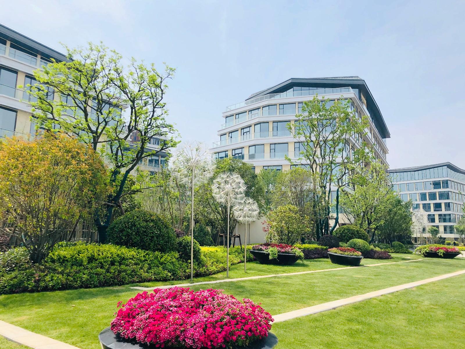 南京(东久)天域互联科技中心竣工照片