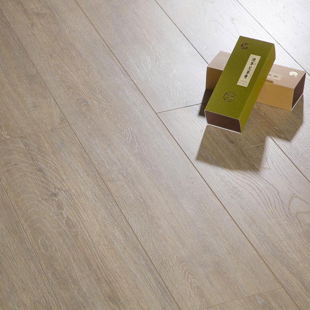 弗里萨克橡木强化地板
