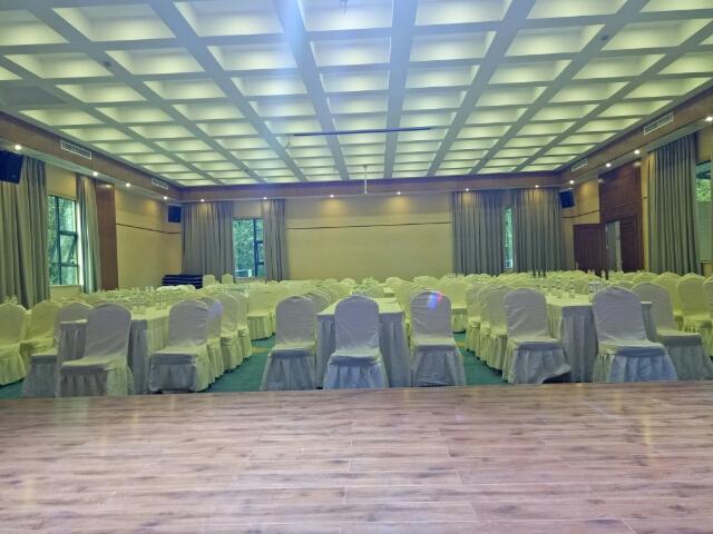 崇州拉菲玺龙温泉酒店