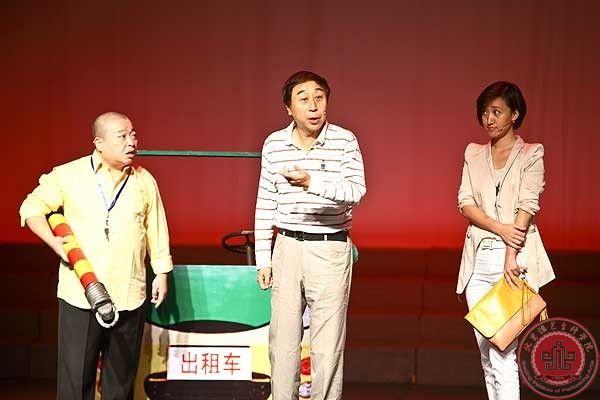 著名相声演员冯巩老师莅临北演