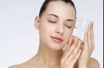 喝水的最佳时间:多喝不如会喝!