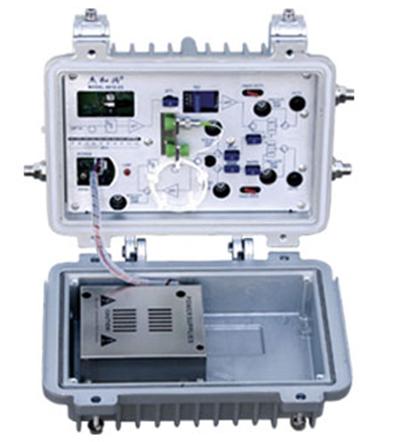 8912W-2G野外型两端口输出双向光接收机