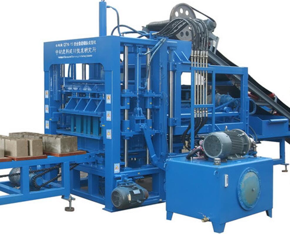 QTY6-15液压全自动砌块成型机生产线装车发货