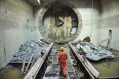 中铁二十局是通过什么方法攻克隧道断层涌水涌砂难题