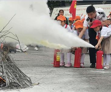 泸州市护国战争纪念馆开展消防安全培训演练