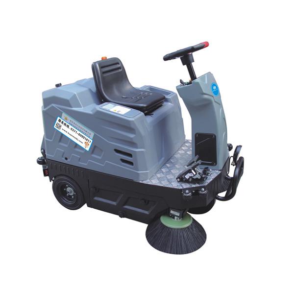 NSV-110驾驶式扫地车