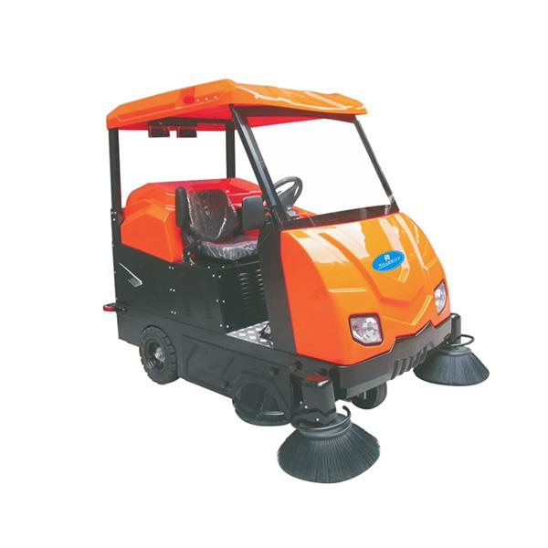 NSV-200驾驶式扫地车