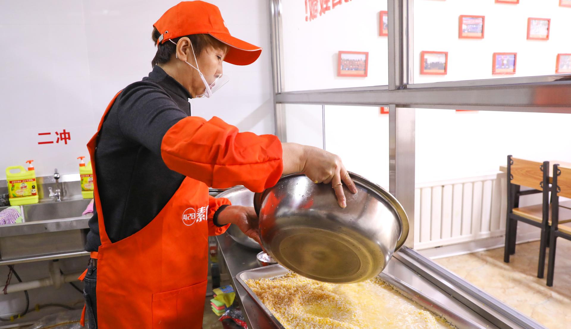 爱在蔓延|达飞公益不止步,呼伦贝尔428免费素食餐厅正式开放