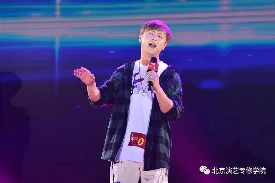 我院毕业生曾国安入围2019中国好声音福建省总决赛五强