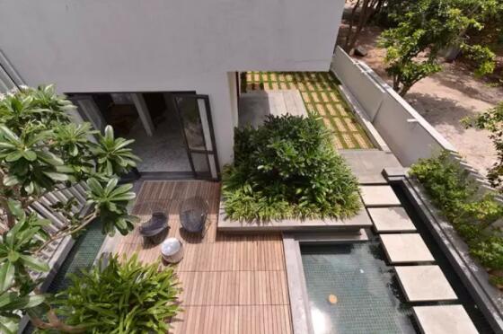 印度传统加现代风格别墅庭院设计