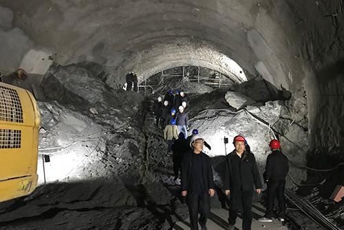 郑万高铁7标罗家山隧道进口端高压注浆试验