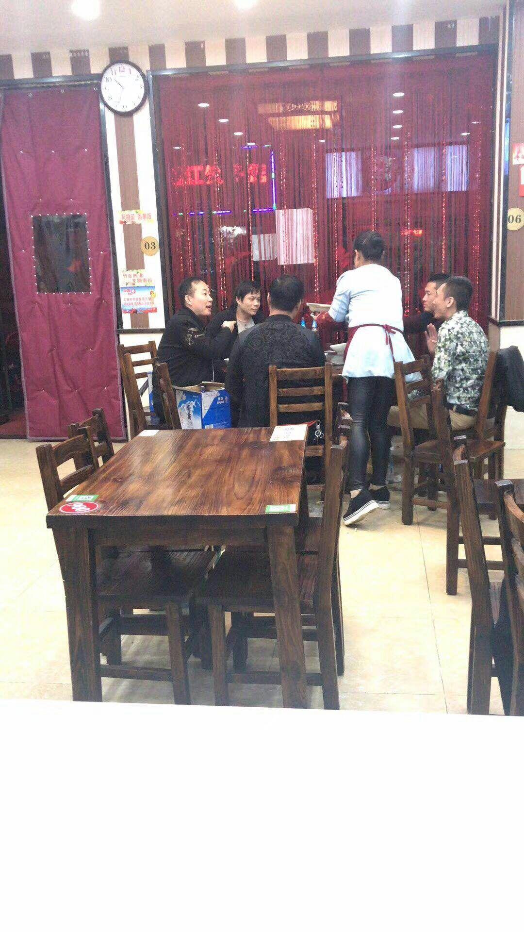 汉阳 220平 特色餐馆优转