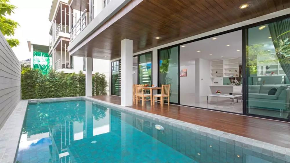 普吉岛卡塔海滩酒店公寓UTK