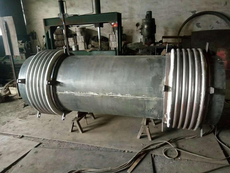 6波煤粉管道耐磨补偿器使用在新疆电厂