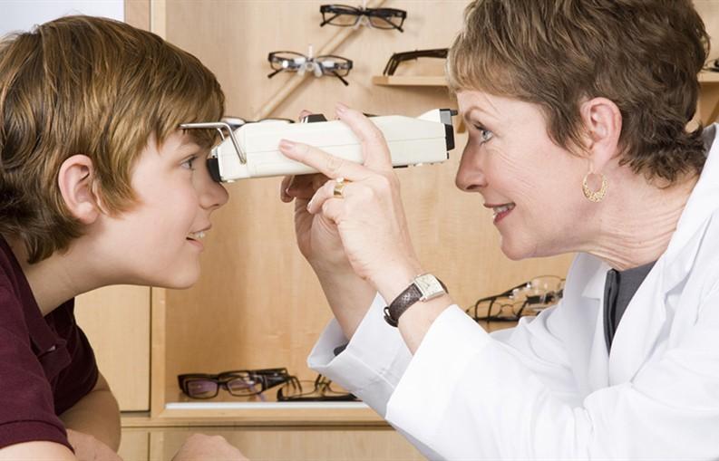 青少年近视控制(OK镜)