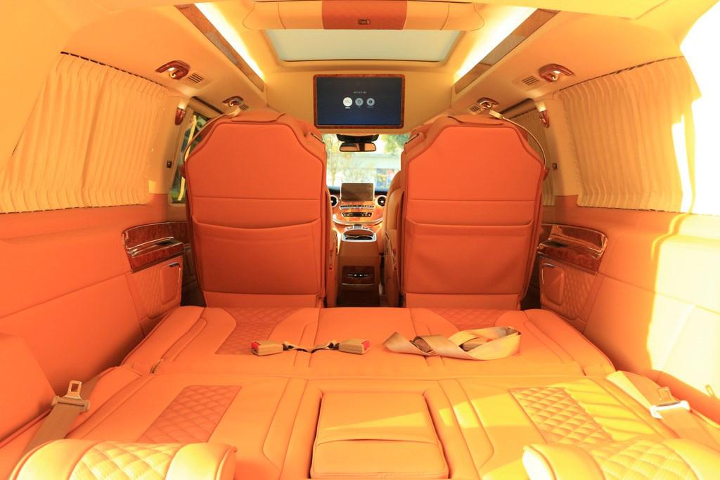 奔驰|v260商务房车橙色内饰