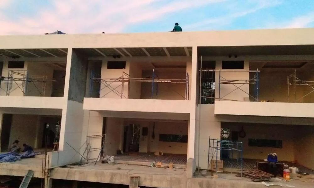 「登岛实时」UBM大良造项目建设跟踪报道,别墅外装部分建设稳步推进!