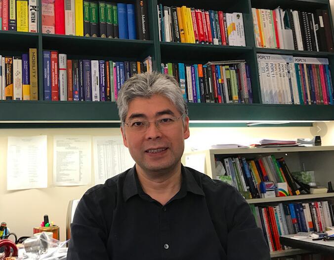 耶鲁大学计算机系教授邵中