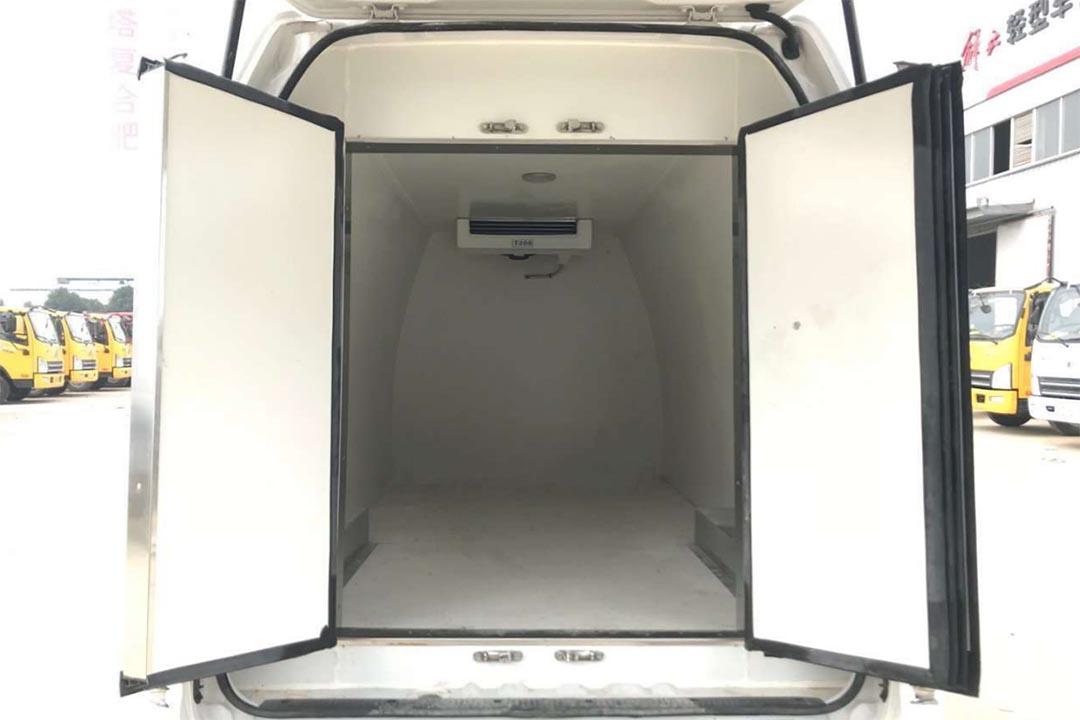福田G7面包冷藏车BJ5039XLC