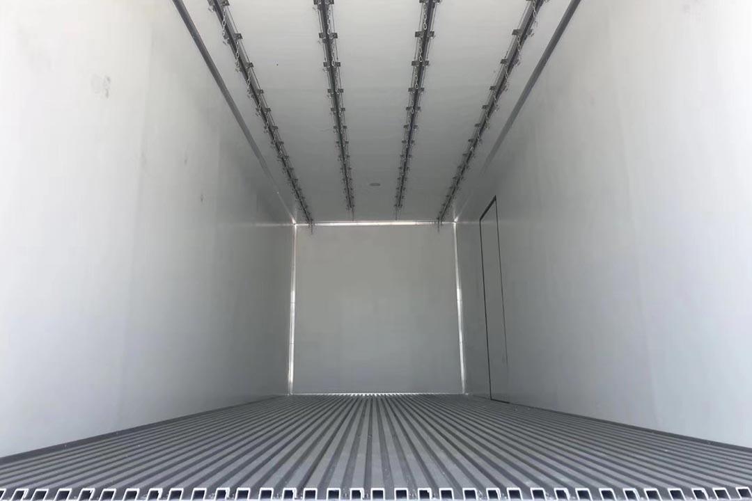 解放J6P四桥冷藏车CA5310XLC