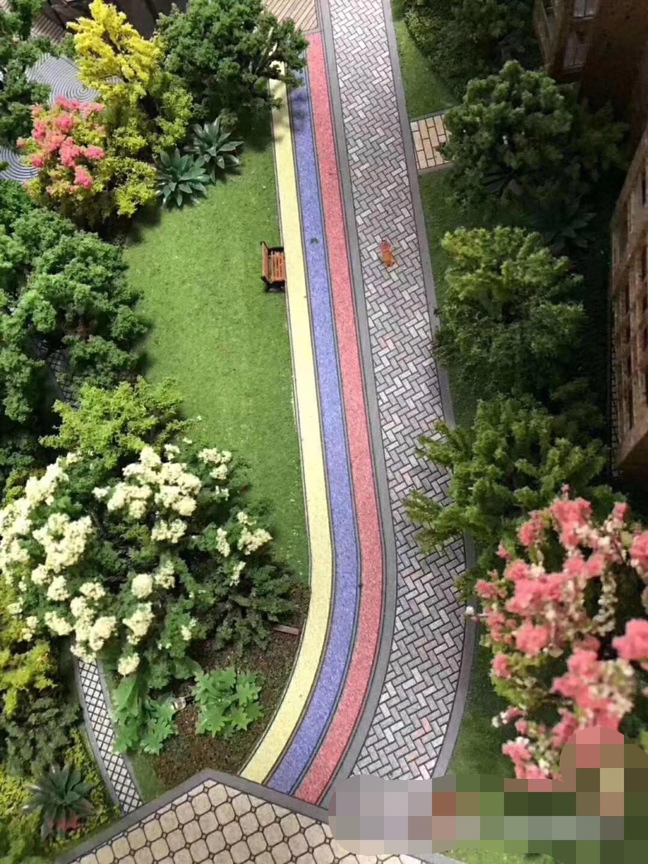 坪地《村委统建楼》4栋大型花园小区房 地下两层停车场 三房两厅79平米起