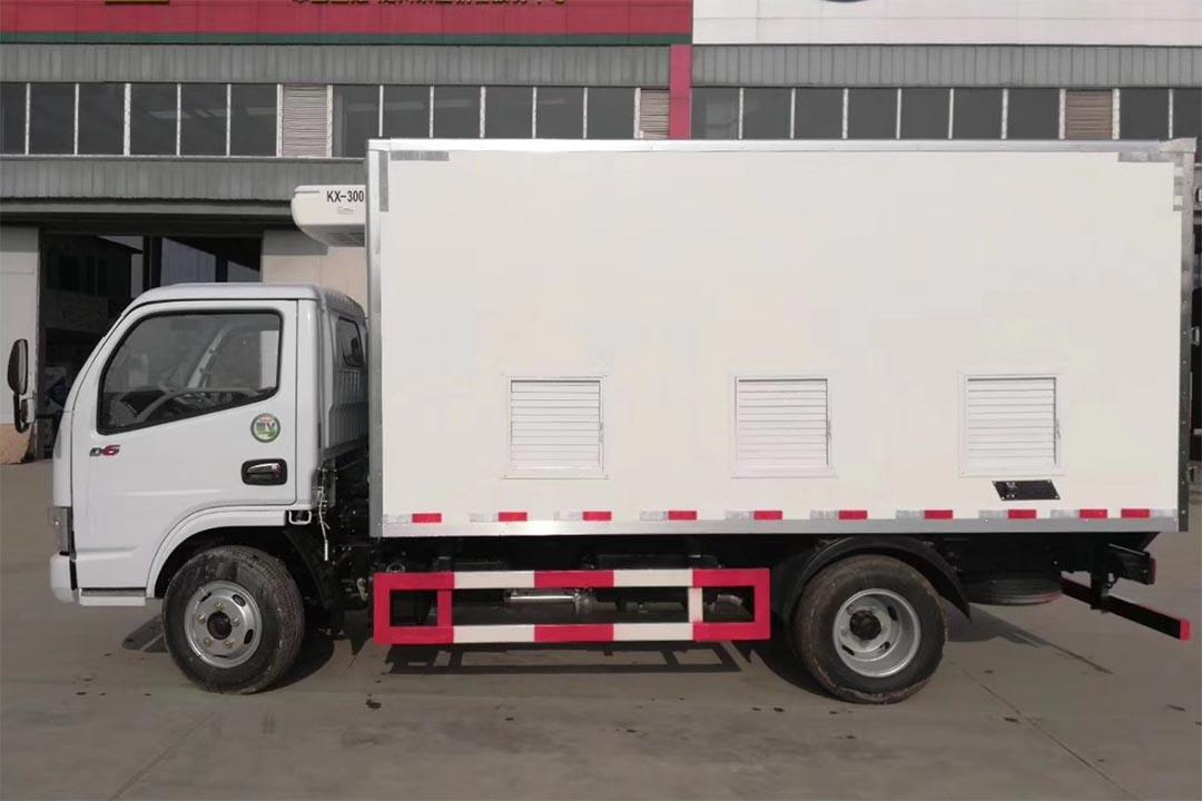 东风多利卡蓝牌冷藏车CLW5040XLC
