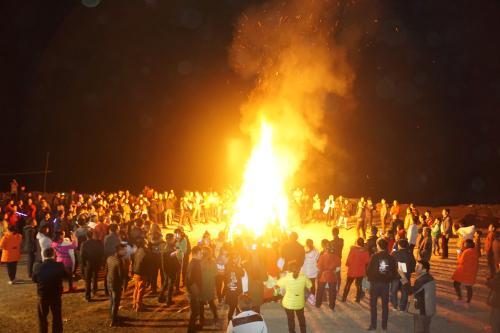 活动游戏类拓展项目:篝火晚会