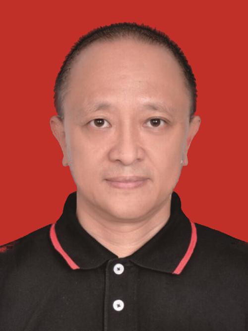 李艾峻先生