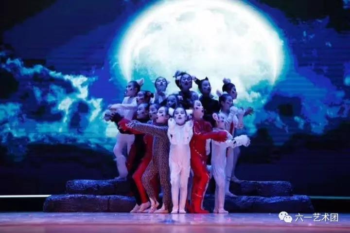 国宝教师带经典音乐剧陪你唱、演、跳一夏