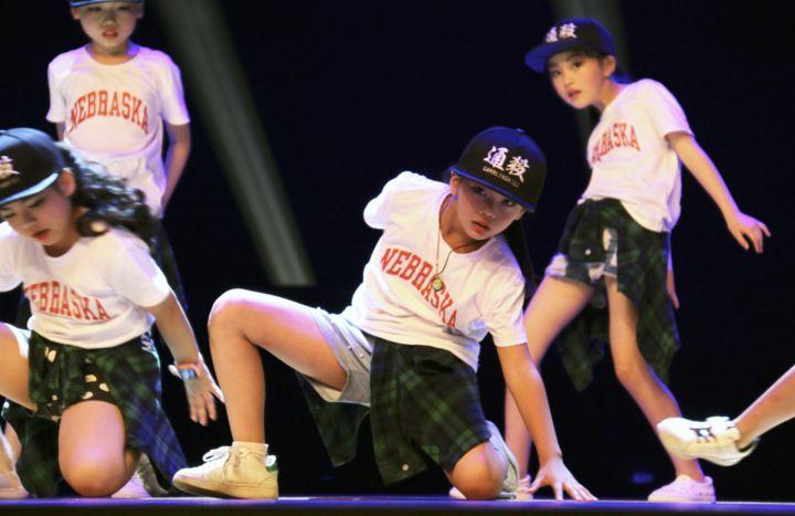 暑期快训流行舞,让孩子的才艺展示说来就来