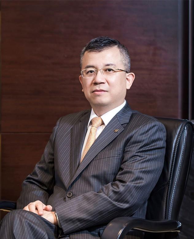 Mr Li Feng (Chief Capital Operation Officer of YUEXIU Group ,Chairman of Yuexiu Transport)