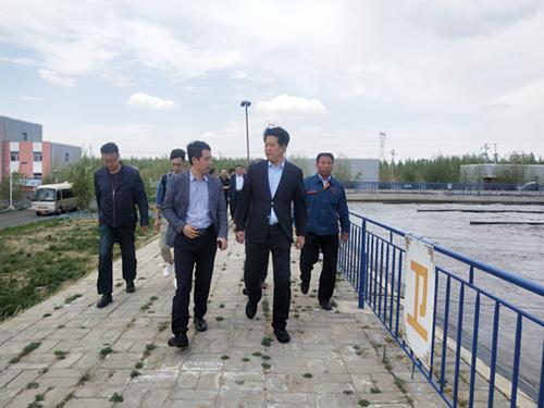 曹凯宏县长视察奥福污水、中水处理厂