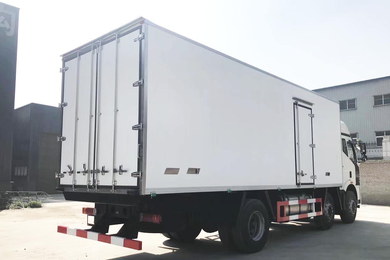 解放J6M三桥冷藏车CA5250XLC