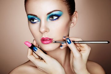 化妆学校告诉你卸妆后需要注意的四个方面