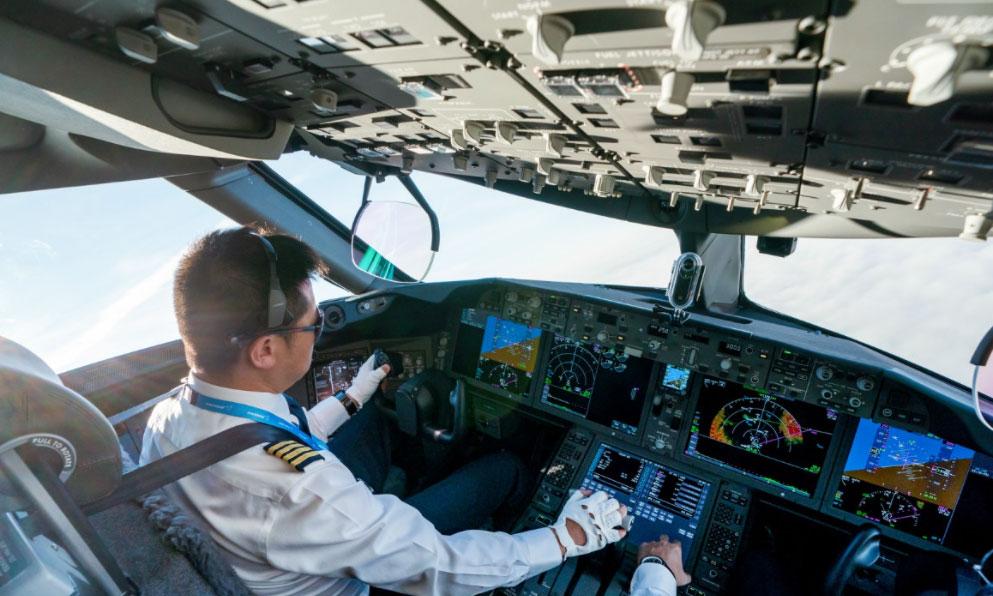 空勤项目飞行员