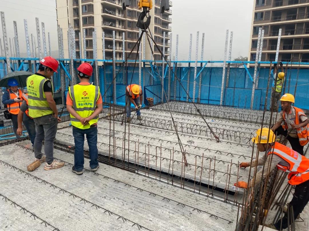 锚定目标 奋力前行 渝隆远大多个项目进入装配施工阶段