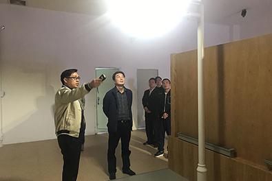 寒冬暖阳:河南客户到访龙8国际最新官网